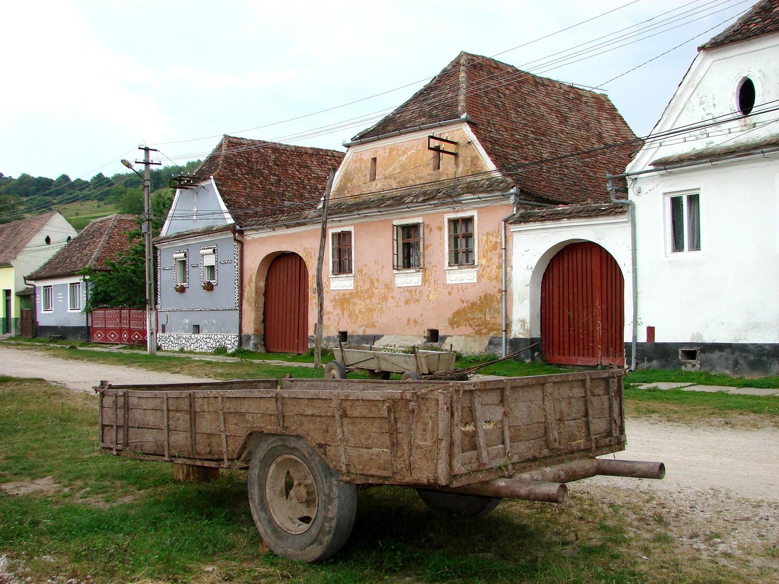 Biertan romania saxon houses - Saxon style houses in transylvania ...