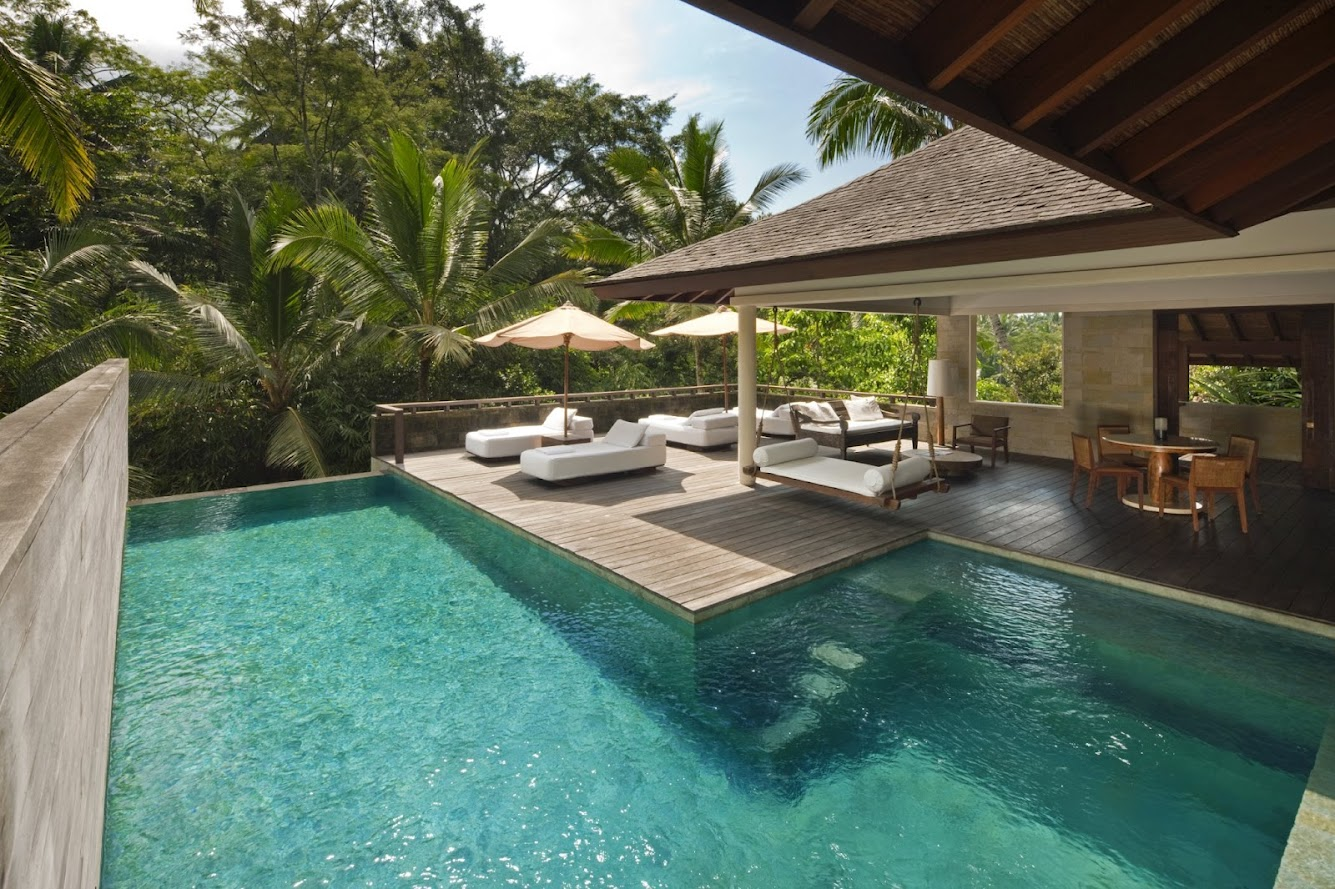 Impressive swimming pool bali indonesia hotel begawan for Pool design bali