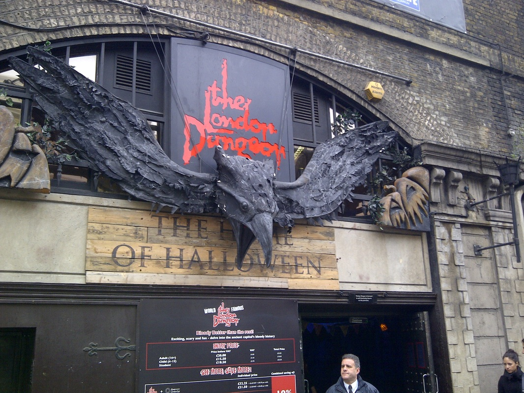 Break Holiday, London, United Kingdom, The London Dungeon entrance
