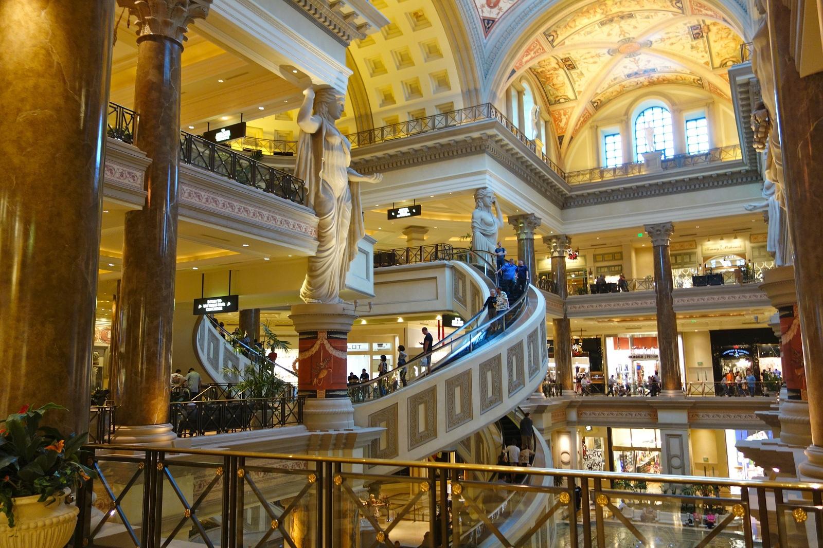 Luxury holiday las vegas usa caesars palace shopping area for Luxury holidays worldwide