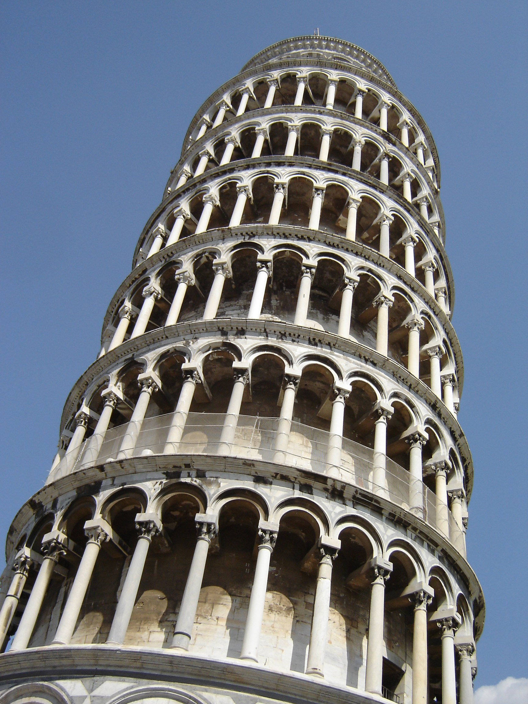 leaning tower of pisa Build the famous leaning tower of pisa with its ornate architecture and trademark tilt to bring this icon of world architecture to life.