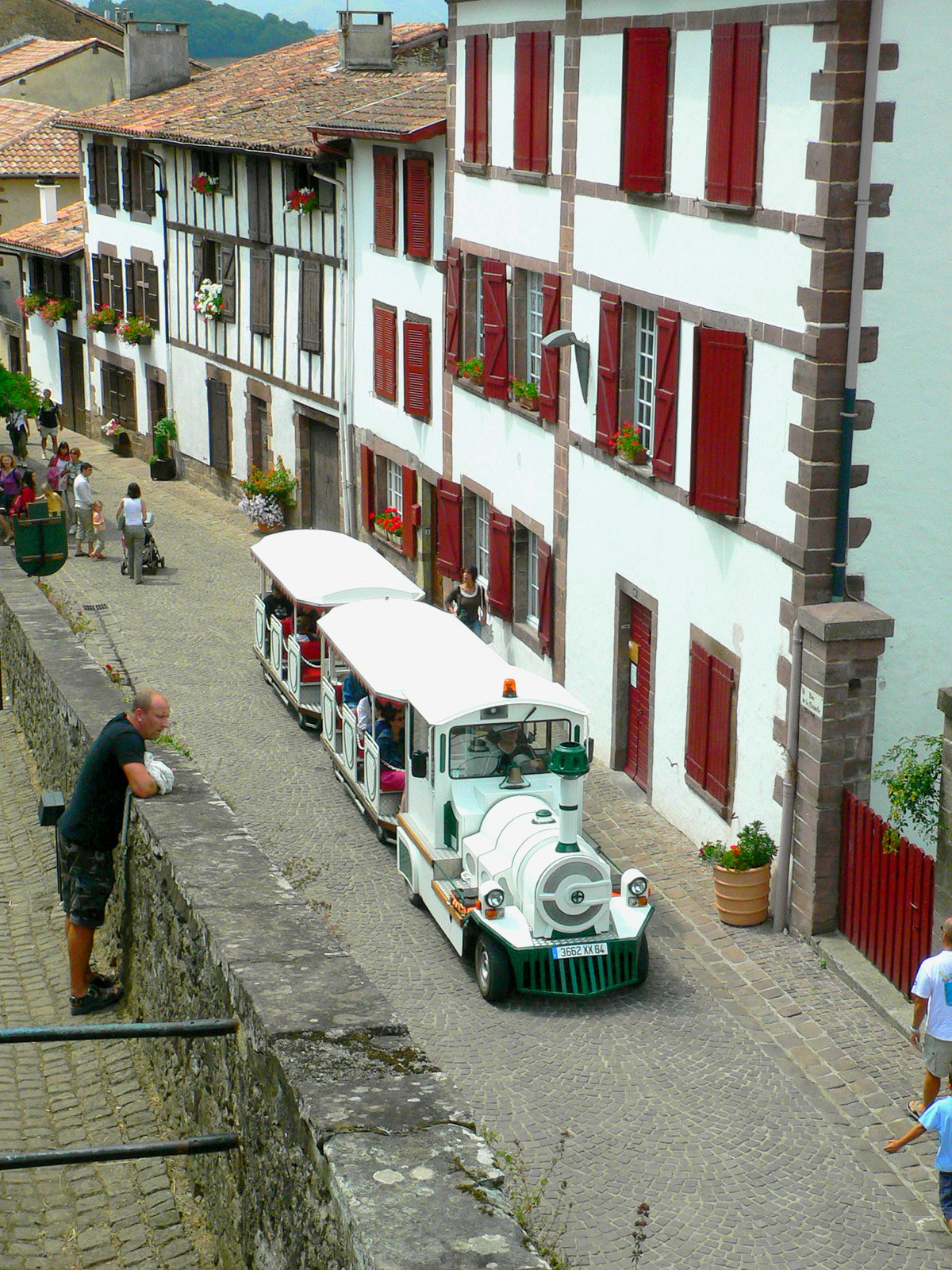 Saint jean pied de port france city tour train - Train from paris to st jean pied de port ...