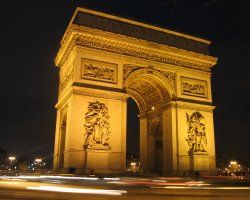 Arc de Triomphe, Paris, Night view