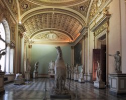 Paradise Destination, Florence, Italy, Uffizi Gallery exhibit
