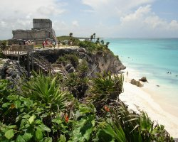 Romantic Holiday, Mexico, Riviera Maya ruins view