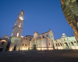 Great places, Lecce, Apulia, Italy, Puglia by night overview