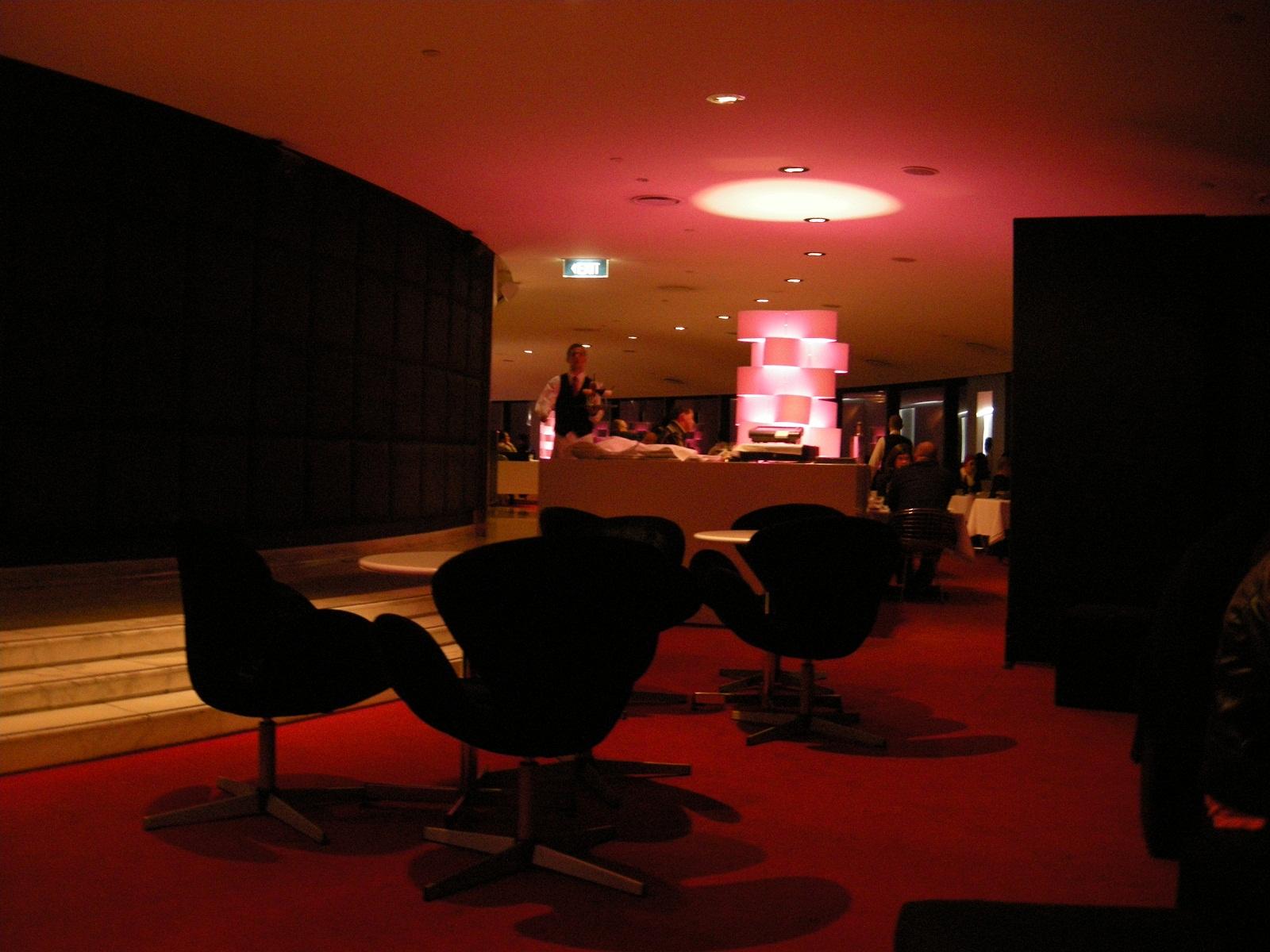 Top rotating restaurants summit restaurant sydney for Australian cuisine restaurants sydney