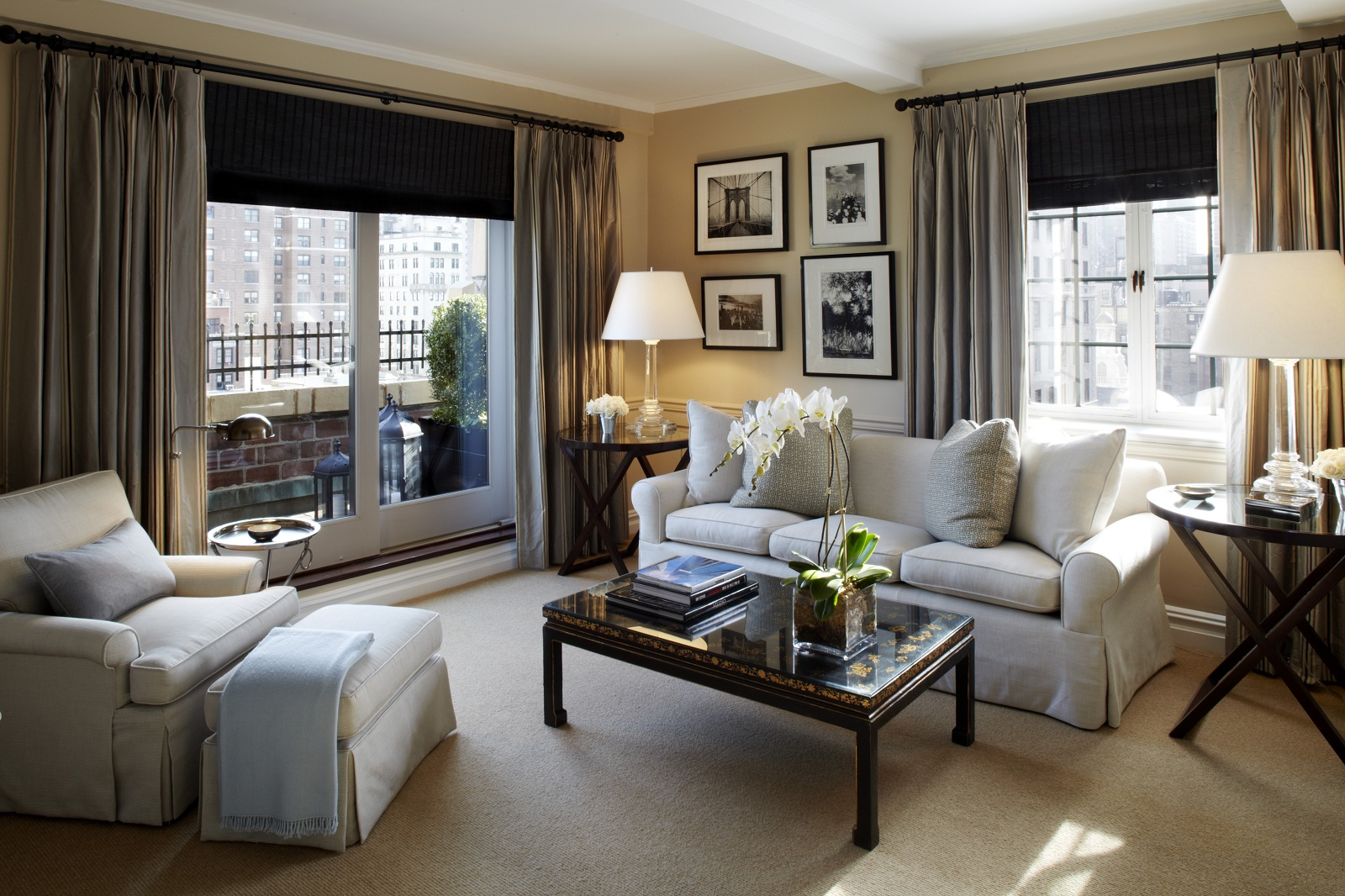 world best hotels new york city the lowell hotel livingroom