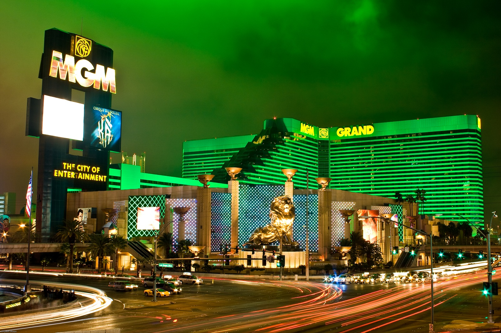 World Largest Hotels Mgm Grand Las Vegas Nevada Usa Outside Night View