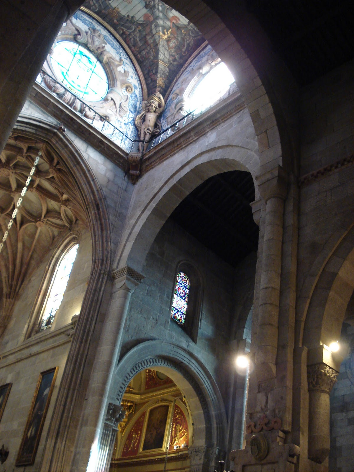 Braga Cathedral, Portugal, Interior architecture