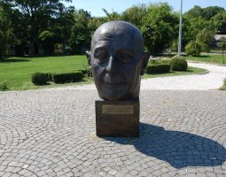Herastrau Park, Bucharest, Romania, Statue Head on EU Square