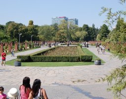 Herastrau Park, Bucharest, Romania, Roses alley and EU Square