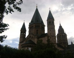 Mainz Cathedral, Germany, Cloudy day