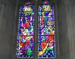 National Cathedral, Washington, U.S.A., Stained glass