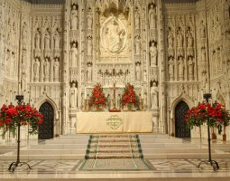 National Cathedral, Washington, U.S.A., Altar overview
