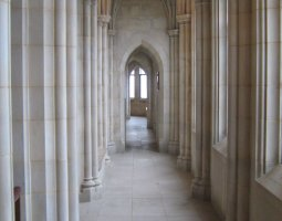 National Cathedral, Washington, U.S.A., Cloister