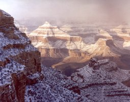 Grand Canyon, U.S.A, Snow over the top